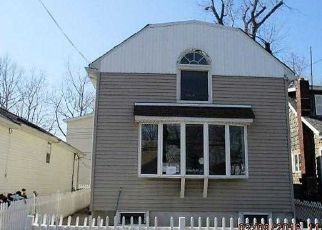 Foreclosure in Bronx 10465  POPLAR AVE - Property ID: 3945686