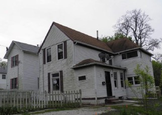 Foreclosure in Davenport 52803  E 10TH ST - Property ID: 4143940