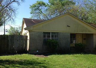 Foreclosure in Houston 77022  GLENBURNIE DR - Property ID: 4144519