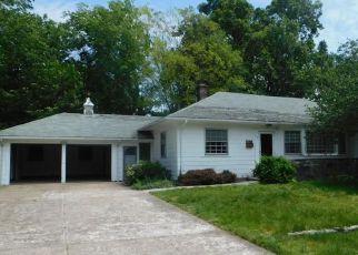 Pawtucket Cheap Foreclosure Homes Zipcode: 02861
