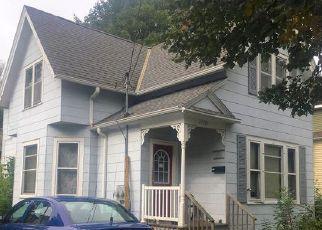 Green Bay Cheap Foreclosure Homes Zipcode: 54302