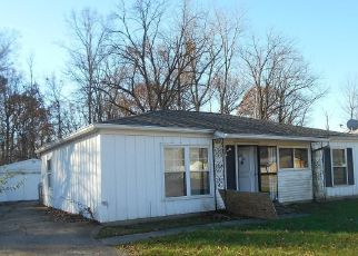 Indianapolis Cheap Foreclosure Homes Zipcode: 46226