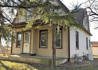 Oak Creek Cheap Foreclosure Homes Zipcode: 53154