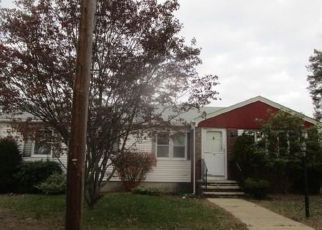North Providence Cheap Foreclosure Homes Zipcode: 02911