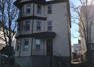 Fall River Cheap Foreclosure Homes Zipcode: 02721
