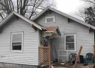 Madison Cheap Foreclosure Homes Zipcode: 66860