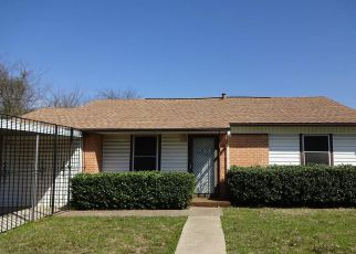 Foreclosure in Dallas 75224  S LLEWELLYN AVE - Property ID: 4259760