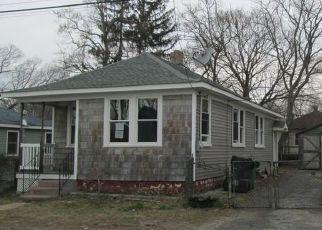 Warwick Cheap Foreclosure Homes Zipcode: 02889