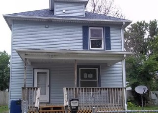 Foreclosure in Waterloo 50703  MADISON ST - Property ID: 4280722