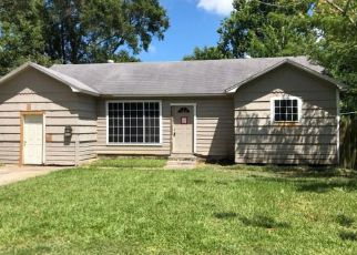 Foreclosure in Baytown 77520  PARKWAY ST - Property ID: 4281235