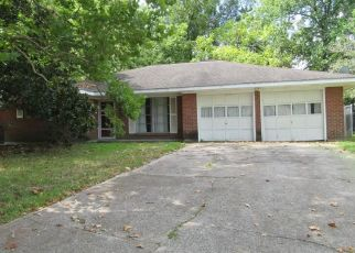Foreclosure in Baytown 77520  BRUCE DR - Property ID: 4303625