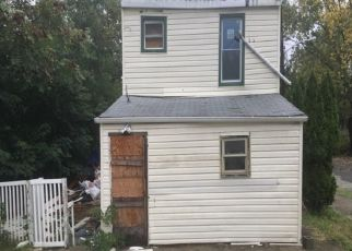 Foreclosure in Camden 08105  FARRAGUT AVE - Property ID: 4319362