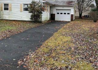 Foreclosure in Toms River 08757  EDINBURGH DR - Property ID: 4319719