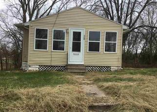 Foreclosure in Waterloo 50703  VAN BUREN ST - Property ID: 4321894