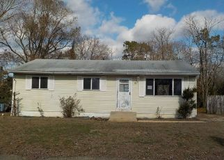 Foreclosure in Toms River 08757  GREEN RIDGE DR - Property ID: 4324889