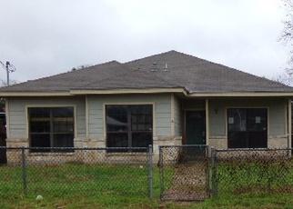 Foreclosure in San Antonio 78201  W LAUREL - Property ID: 4340496