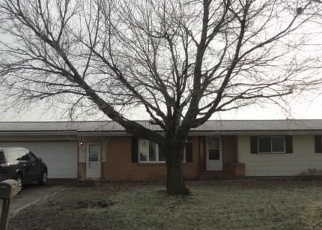 Pre Foreclosure in Keystone 52249  1ST AVE - Property ID: 1077391